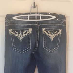 Vigoss embellished boot cut jeans never worn
